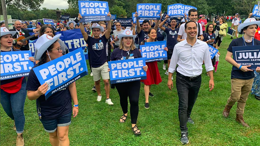 2020 Democratic hopefuls dance their way into Iowa Steak Fry