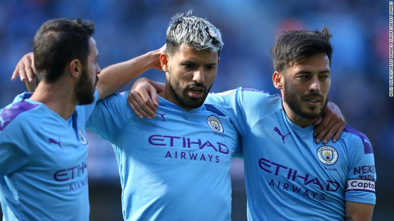 Bernardo Silva, Sergio Aguero และ David Silva ได้คะแนนจากวัตฟอร์ดในชัยชนะ 8-0 ของเมือง