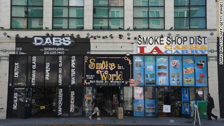 Vaping and E-cigarettes shops in Downtown Los Angeles.