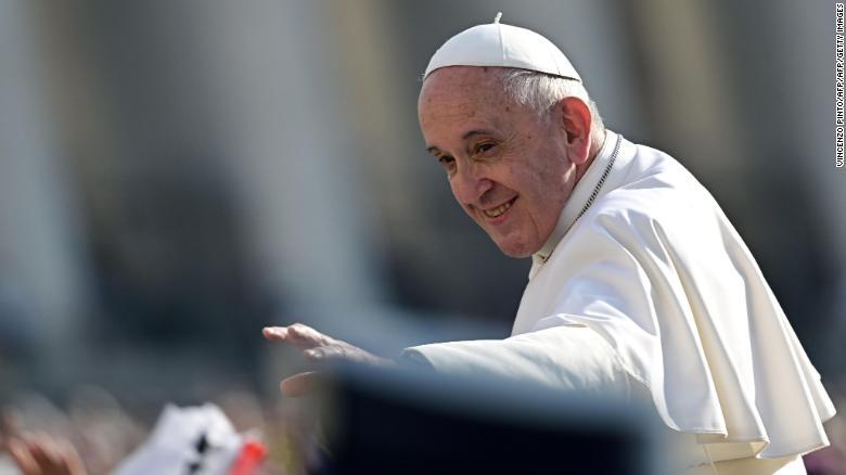 Muitos do Papa Francisco & # 39;  novos cardeais defenderam o compromisso de combater o populismo e apoiaram a inclusão de católicos gays.