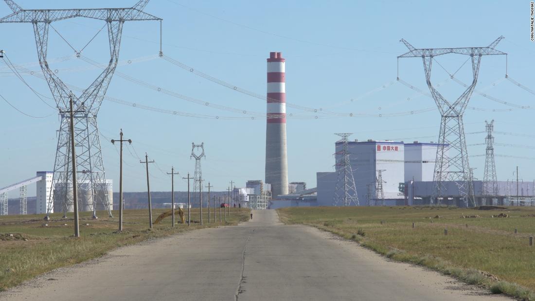Η κίνα αγωνίζεται να κλωτσήσει τη συνήθεια άνθρακα