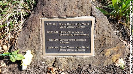 The only remaining 9/11 memorial plaque after three were stolen from a New Jersey park