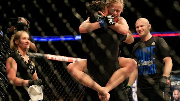 """""""I genuinely believe -- and I don't know if we're ever going to get a true answer from the promotional companies -- that the women outsell the male fighters,"""" VanZant said. CNN has requested figures from UFC on how receipts compare between female and male fighters but has not received a response at the time of publication."""