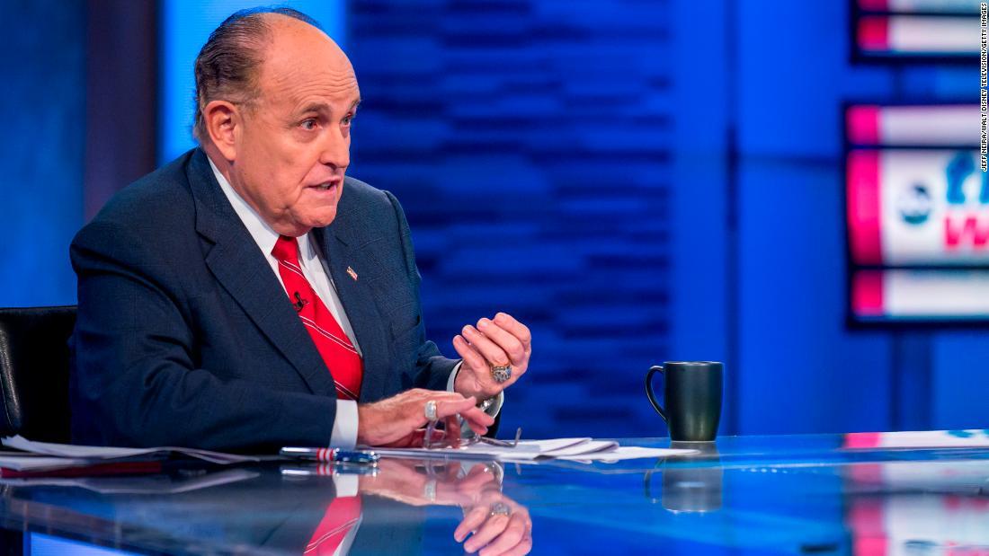 Biden-team Anfrage: Aufhören, Rudy Giuliani on air