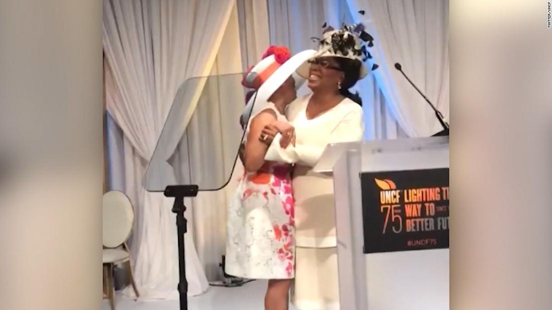 Crowd loses it over Oprah's $1 million announcement