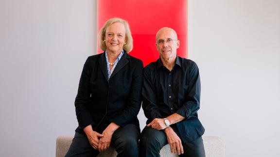 LOS ANGELES, CA - August 21: Quibi founder Jeffrey Katzenberg and CEO Meg Whitman at the Quibi headquarters in front of an art piece by Los Angeles artist Kevin Fey in Hollywood on Wednesday, August 21, 2019.  Photo by David Walter Banks