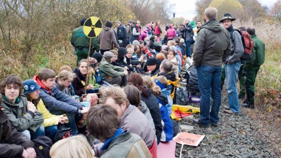 Protesters block railway tracks outside Gorleben in 2010.