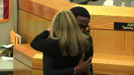 Hug Amber Guyger Botham Jean brother