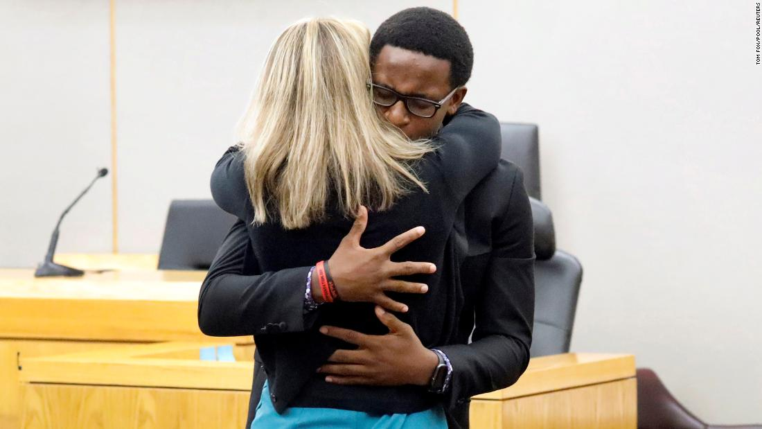 See mom's reaction to son hugging convicted killer