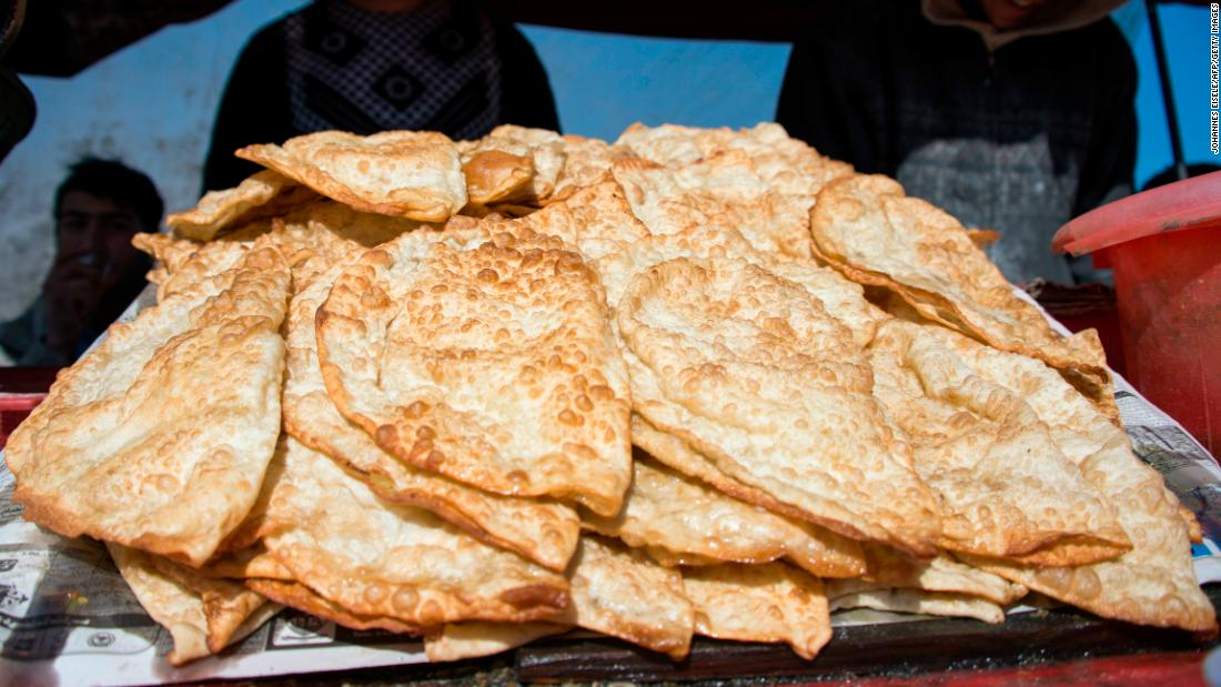 <strong>Bolani, Afghanistan.</strong> This fried bread stuffed with potatoes is often sold by Afghan street vendors.