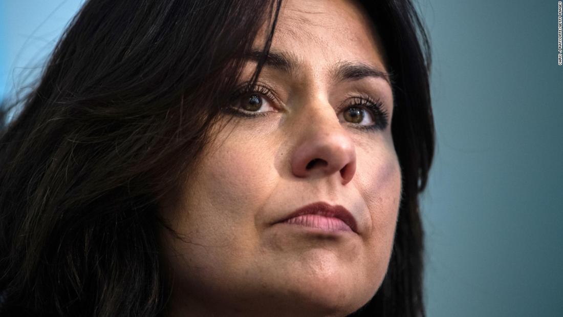 上の脅威に対して女性の政治家がイギリスが悪い一部の設置によるパニックのアラーム