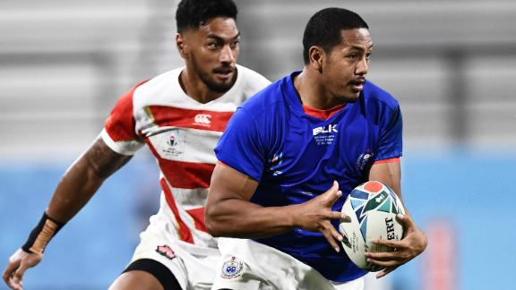 Samoa's wing Ed Fidow runs with the ball during the Pool A encounter.