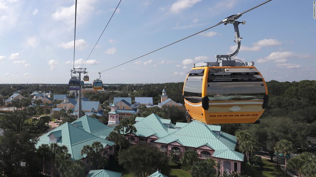 Disney World ist der neue Skyliner Gondel ins stocken geraten, stranden Passagiere in den Himmel für Stunden