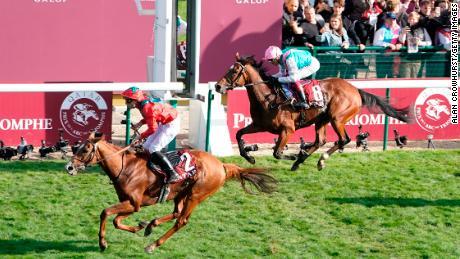Waldgeist pipped Enable in Paris to deny her an historic third straight Prix de l'Arc de Triomphe.