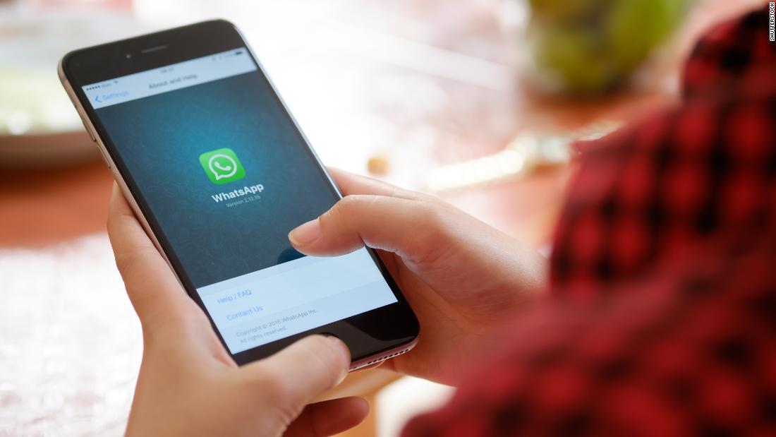 Facebook hat ein coronavirus problem. Es ist WhatsApp.