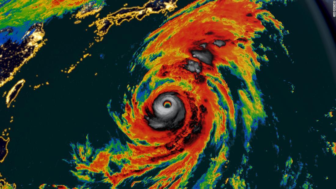 台風Hagibisへ上陸す日本では、少なくとも二つの死