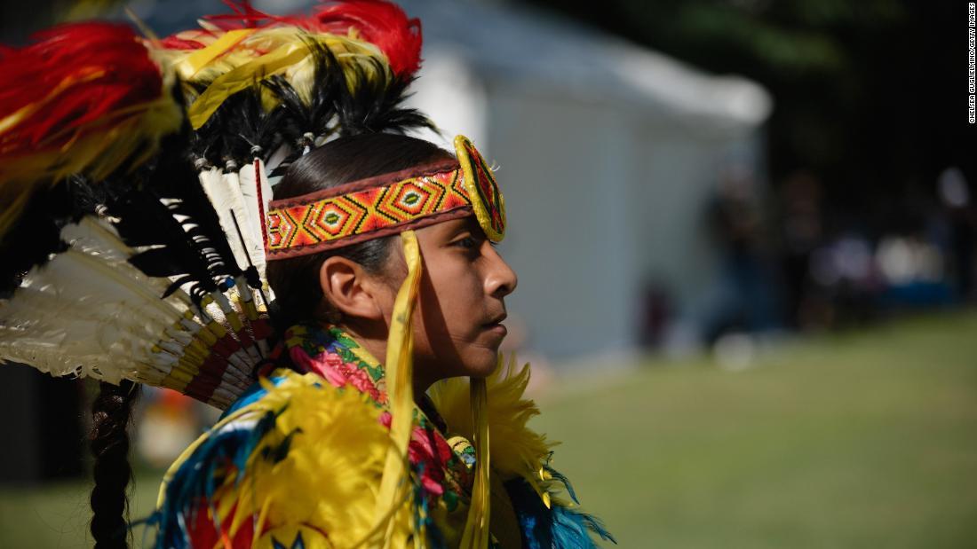 直流協議会の投票に置き換えコロンバスの日付先住民アートの日