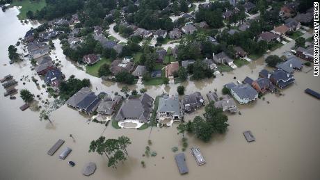 Moon wobble to bring surge in coastal flooding in 2030s, NASA study predicts - CNN