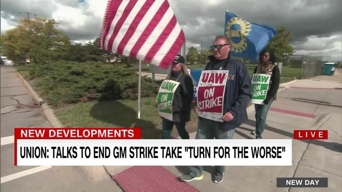 UAW ups strike benefits for GM workers