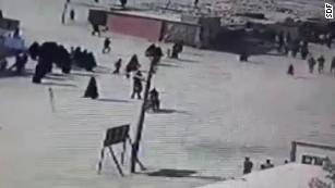 Video shows ISIS family members attempting camp escape
