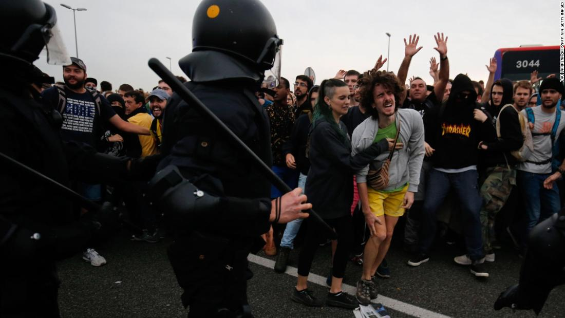 Catalonian president calls for negotiations with Spain after fifth night of violent unrest