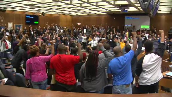 fort worth council meeting residents chant bts vpx _00010808.jpg