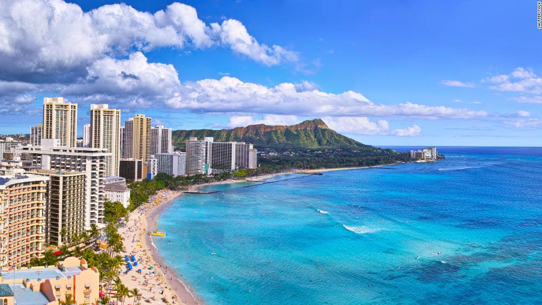 <strong>Waikiki Beach, Honolulu, Hawaii. </strong>The quintessential Hawaiian shoreline, Waikiki Beach could vanish in the next 15 to 20 years, according to a 2017 Hawaii Climate Commission report.