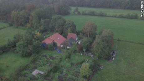 The farm is protected by trees and appears to have a vegetable garden. [19659023] The farm is screened by trees and appears to have a vegetable garden.