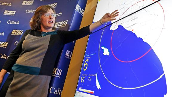 Seismologist, Dr. Lucy Jones, describes how an early warning system would provide advance warning of an earthquake.