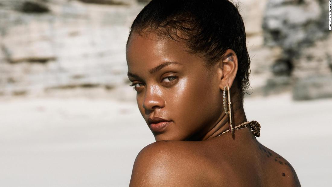 Never-before-seen photos of Rihanna