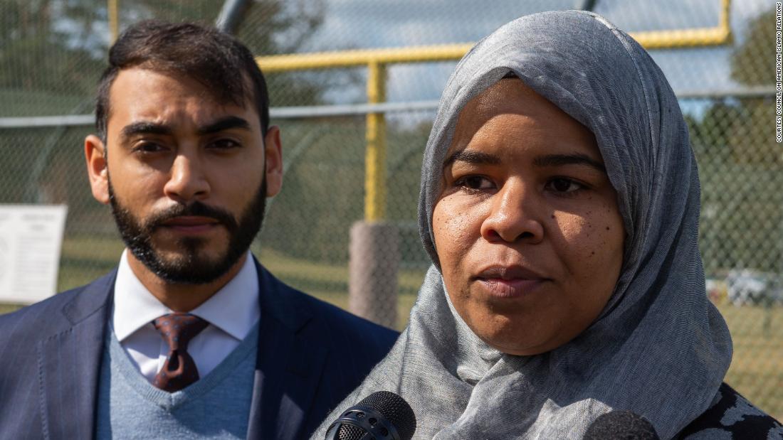 Μέλος των εργαζομένων ισχυρίζεται Delaware κάνει διακρίσεις κατά την μαντίλα