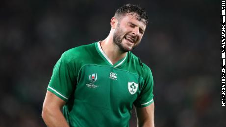 Robbie Henshaw got one of two consolation tries for Ireland.