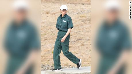 New photo shows Felicity Huffman in a prison uniform as she serves 13 days in college cheating case