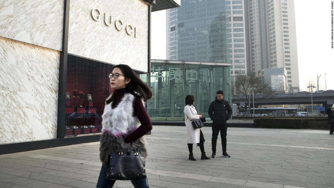 There are more wealthy Chinese than Americans for the first time