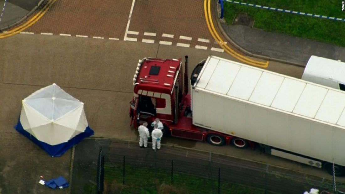 Κατηγορούμενος για ανθρωποκτονία σε θάνατο 39 άνθρωποι σε φορτηγό