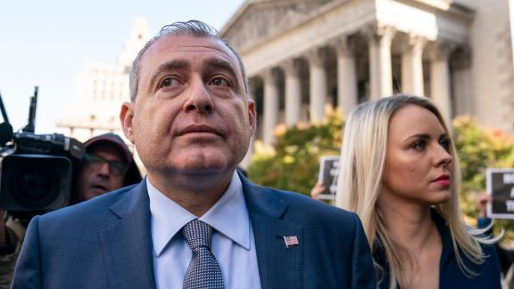 Lev Parnas arrives at federal court for an arraignment hearing on October 23, 2019 in New York City.