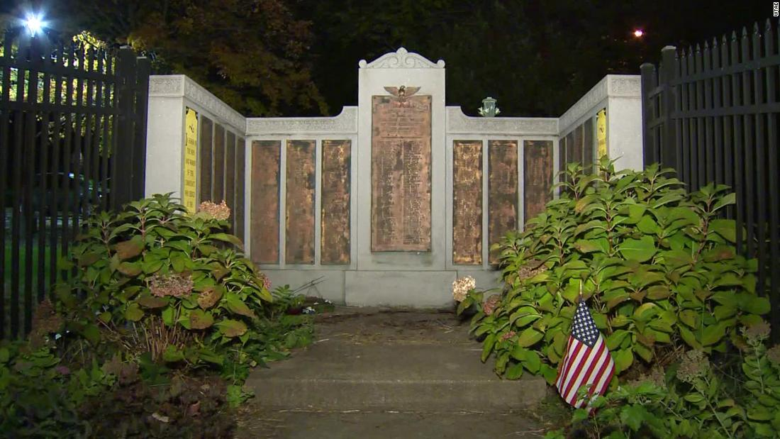 Pittsburgh police investigate after American flags are destroyed at war memorial