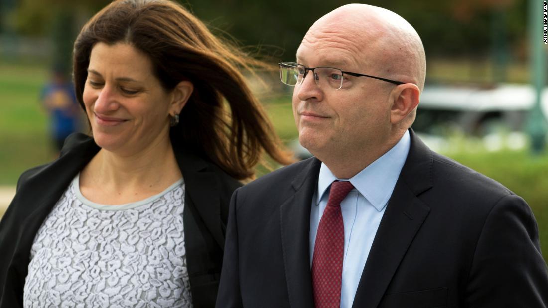 State Department Beamten Zeugnis erwartet, dass Sie details zu ambassador ' s brennen