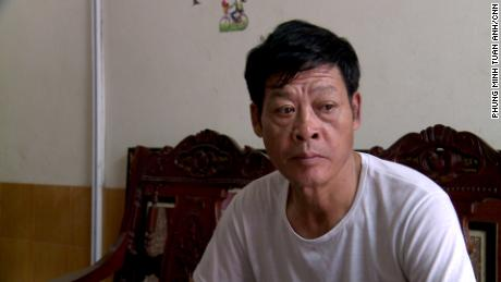 Pam Van Ting said he and his wife paid about $ 40,000 to send their daughter to the United Kingdom, where she is believed to have been one of the victims of the Essex truck crash.