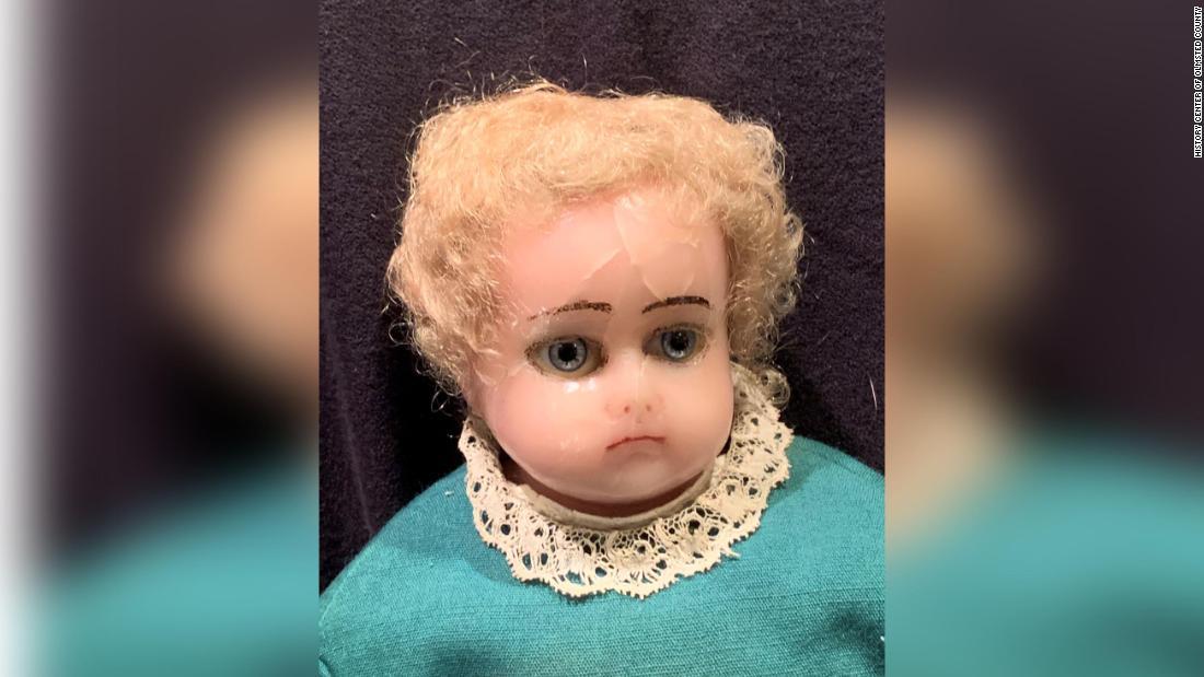 Minnesota museum ist im Besitz einer gruseligen Puppe Wettbewerb, und es ist der Stoff der Alpträume