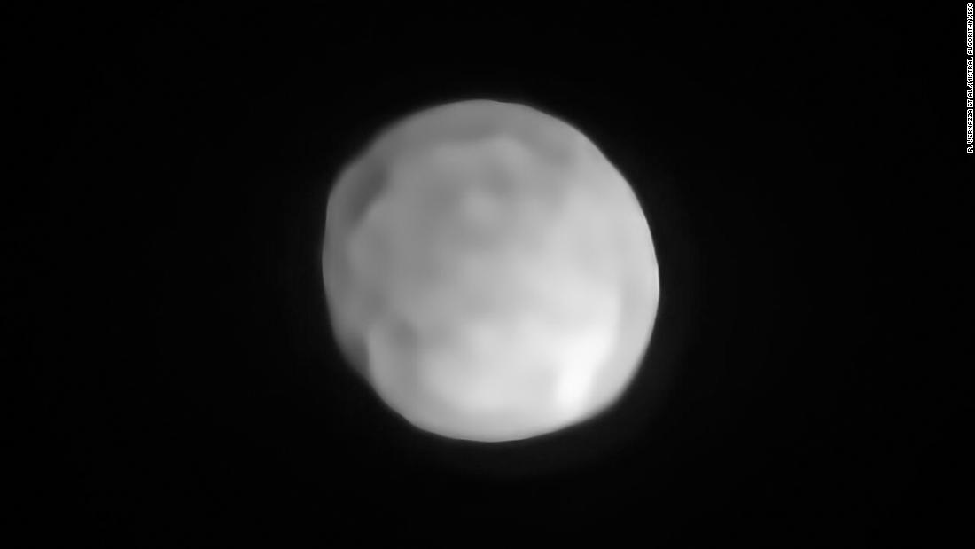 A new SPHERE/VLT image of Hygiea, which could be the Solar System's smallest dwarf planet yet. As an object in the main asteroid belt, Hygiea satisfies right away three of the four requirements to be classified as a dwarf planet: it orbits around the Sun, it is not a moon and, unlike a planet, it has not cleared the neighbourhood around its orbit. The final requirement is that it have enough mass that its own gravity pulls it into a roughly spherical shape. This is what VLT observations have now revealed about Hygiea.