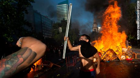Fresh unrest erupts in Chile despite President Pinera's Cabinet reshuffle