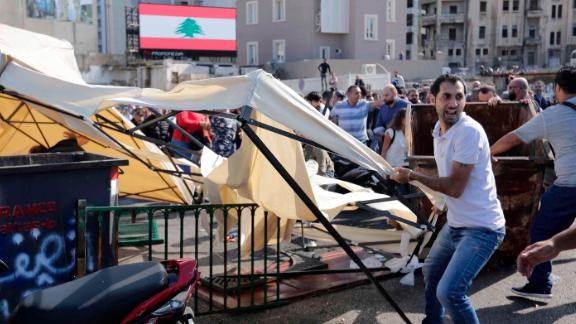 Clashes in downtown Beirut on Tuesday