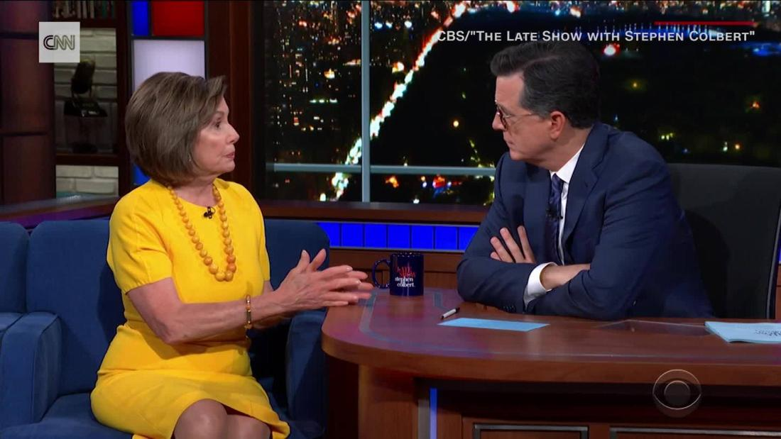 Pelosi dan Clinton berbicara impeachment pada larut malam