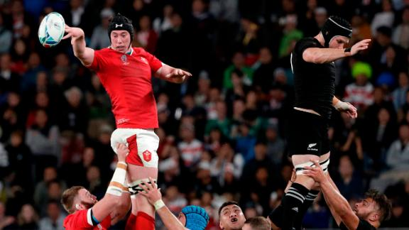 Wales' Adam Beard catches the ball in the lineout.