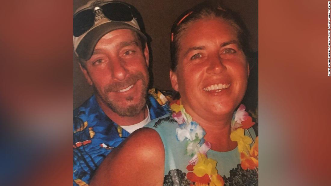 New Hampshire couple found buried on Texas beach near campsite
