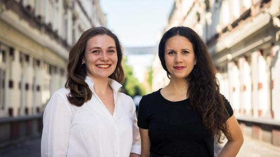 Activists Nanna-Josephine Roloff and Yasemin Kotra petitioned the German parliament to lower the tax on sanitary products.