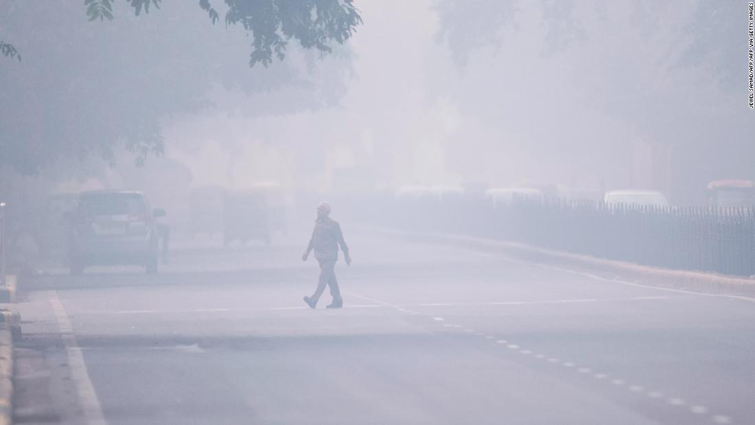 Neu-Delhi ist erstickt an smog und es ist kein Ende in Sicht