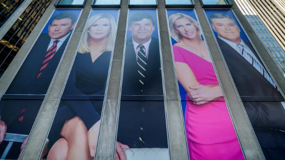 MANHATTAN, NEW YORK, NY, UNITED STATES - 2019/03/13: Giant portraits of the news achors at Fox News  hearquarters building in New York City. (Photo by Erik McGregor/LightRocket via Getty Images)