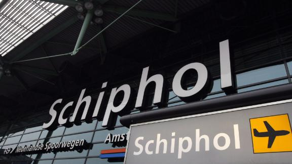 Picture showing the main entrance of Schiphol Airport in Amsterdam, taken on February 14, 2008. Schiphol Airport expects to reduce its profit in the coming year because of the introduction of flight tax on July 1st, 2008. The new flight tax is part of Dutch Cabinet plans to limit CO2 emissions. AFP   PHOTO  ANP PHOTO MARCEL ANTONISSE   NETHERLANDS-OUT  BELGIUM-OUT (Photo credit should read MARCEL ANTONISSE/AFP via Getty Images)